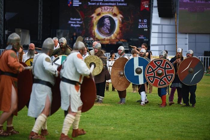 Tradiția Festivalului de Lupte și Reconstituiri Istorice  DAPYX a continuat și în 2021 La Medgidia eroii nu mor niciodată