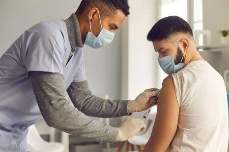 În Ungaria se poartă negocieri pentru introducerea vaccinării drept condiţie a angajării