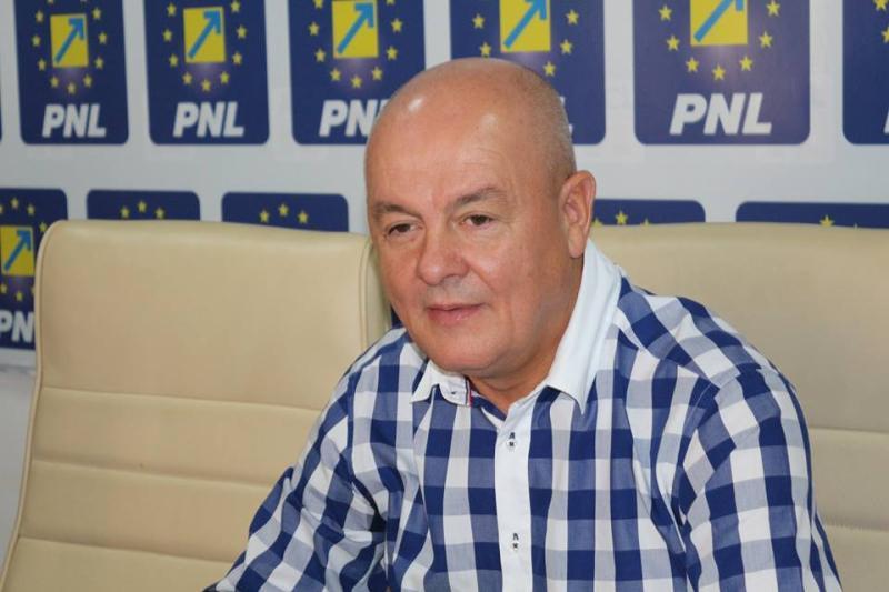 Fostul preşedinte al PNL Giurgiu Marin Anton condamnat la cinci ani de închisoare pentru luare de mită