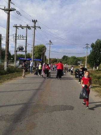Acţiune de ecologizare în comuna Stăneşti