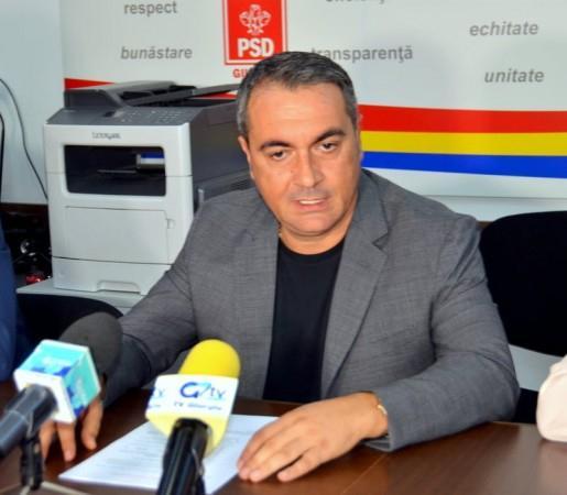 Preşedintele PSD Giurgiu deputatul Marian Mina Cu o nesimţire nemaiîntâlnită escrocii ăştia de la PNL şi USR îşi văd nestingheriţi de războiul lor pentru putere