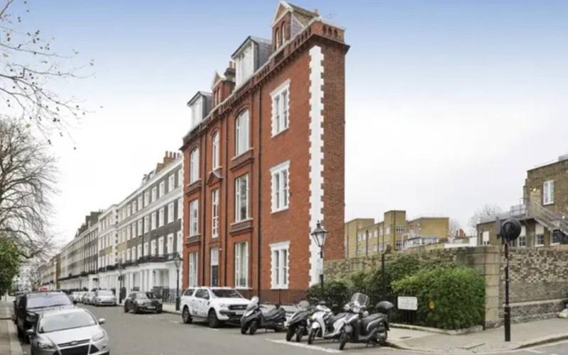 Cum arată apartamentul de un milion de dolari din quotcea mai îngustă clădirequot din Londra