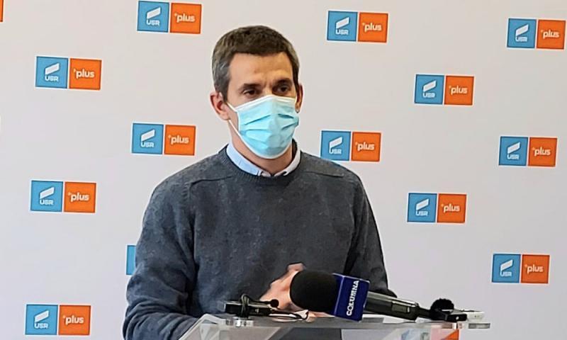 Senatorul Popescu de la USRPLUS dă din nou cu oiștean gard