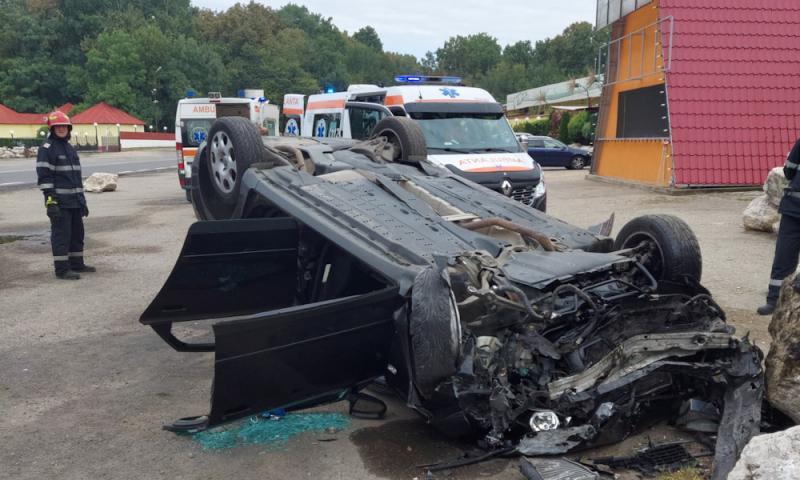 Două accidente rutiere în Dâmbovița în această dimineață