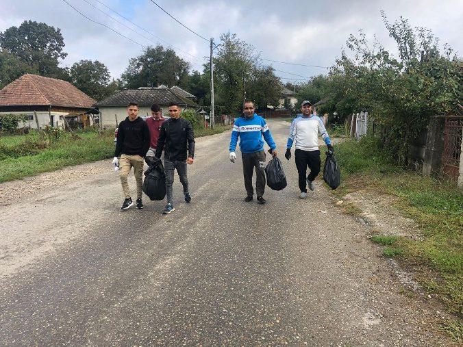 Comuna Satulung a răspuns prezent la cea mai mare acțiune socială din lume Let</div> <span class=