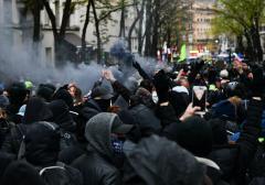 Australia Ciocniri între poliţie şi protestatarii antilockdown