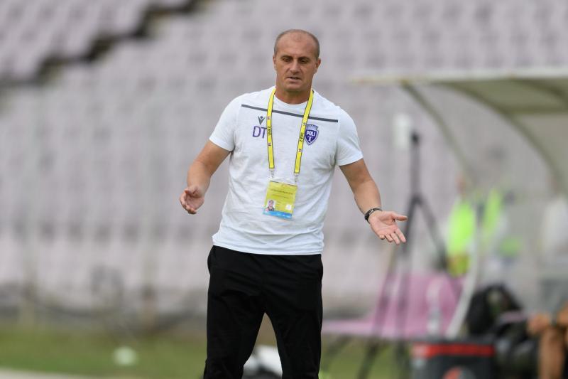 Dorin Toma spune că la Poli Timișoara e nevoie de umilință după ce sa pierdut și jocul cu FK Csikszereda Capul jos Să tăcem și să muncim mult mai mult