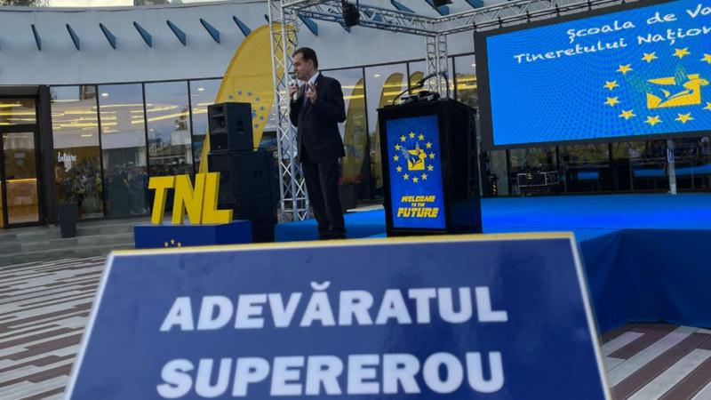 Ludovic Orban cadou inedit la Școala de vară a TNL Este singurul care poate repara PNL