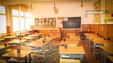 Ialomița 34000 de preșcolari și de elevi au început azi cursurile
