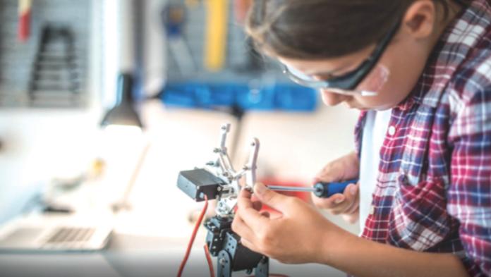 Un laborator de robotică va fi construit întrun liceu din comuna Valea Doftanei județul Prahova