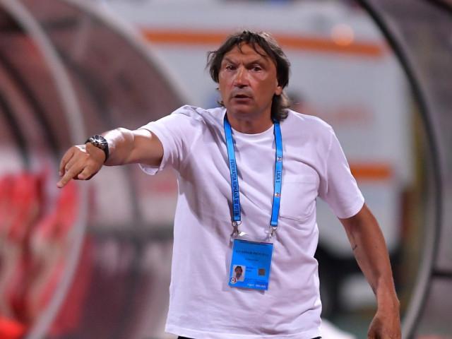 Dario Bonetti o așteaptă pe Dinamo la tribunal Comunicat tăios al antrenorului quotVor săl demită fără să plăteascăquot