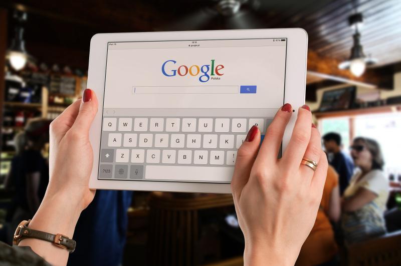 Google se pregătește să ofere acces la canale de televiziune prin propria platformă de smart TV