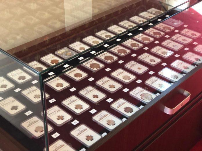 Una dintre cele mai importante colecții de monede românești scoasă la vânzare