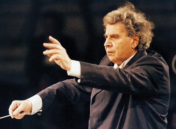 A murit Mikis Theodorakis compozitorul coloanei sonore din filmul Zorba Grecul
