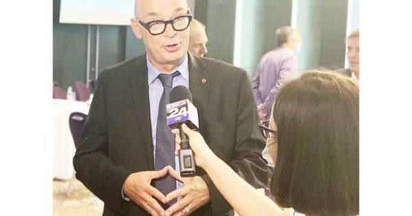 AZOMUREȘ PROPUNE AUTORITĂȚILOR ȘI MEDIULUI ECONOMIC NAȚIONAL SOLUȚII PENTRU REDUCEREA EMISIILOR DE CO2 ÎN ATMOSFERĂ