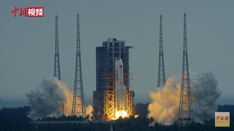 Un oficial chinez anunță că racheta pentru trimiterea astronauților pe Lună este deja construită
