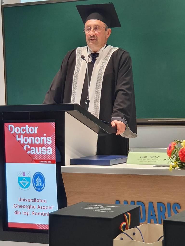 Rectorul TUIASI prof univ dr ing Dan Cașcaval a primit distincția de Doctor Honoris Causa din partea Universității Tehnice a Moldovei