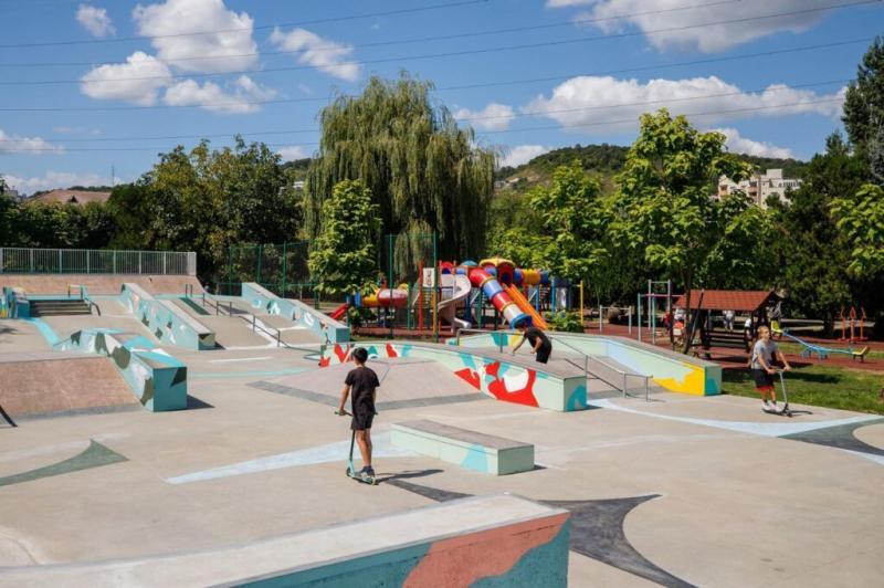 Skateparkul Rozelor grija Clujului pentru adolescenți Iașul e iar codaș