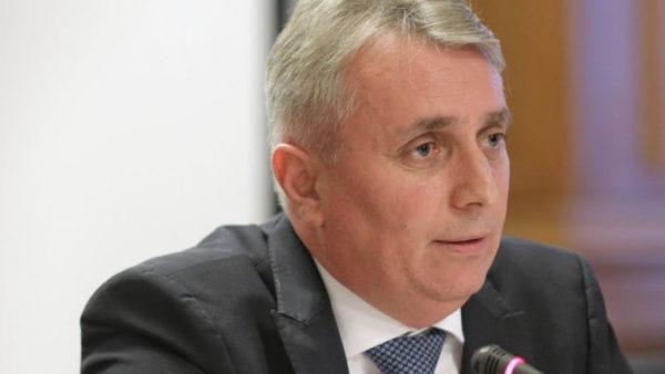 Ministrul de Interne Incidentul de la Suceava de neînţeles cei care exploatau masa lemnoasă acolo o făceau legal