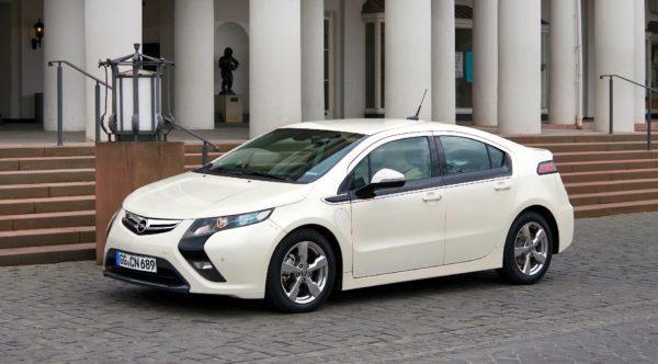 Italienii au inclus Dacia Logan întrun clasament al celor mai urâte maşini Cum arată colegele din acest TOP 10