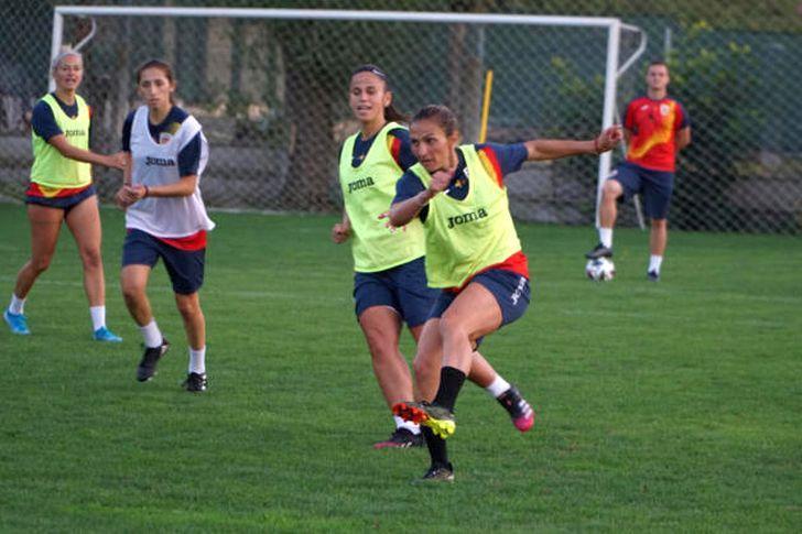 Nationala de fotbal feminin incepe drumul catre Mondialul din Australia si Noua Zeelanda O fotbalista de la Politehnica Timisoara convocata pentru primele meciuri Foto