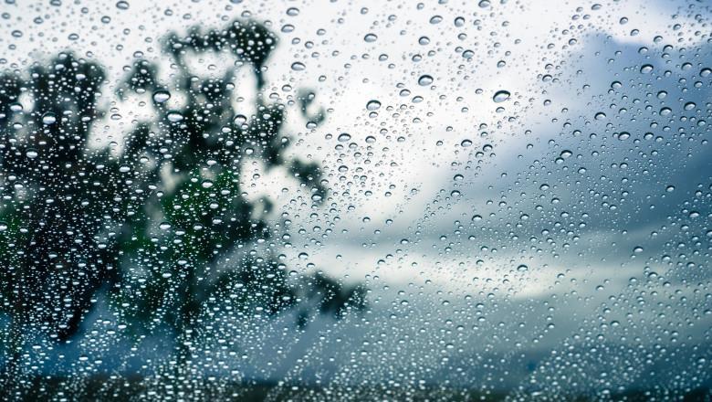 Avertizare meteorologică de vreme instabilă ploi torențiale vânt puternic și descărcări electrice