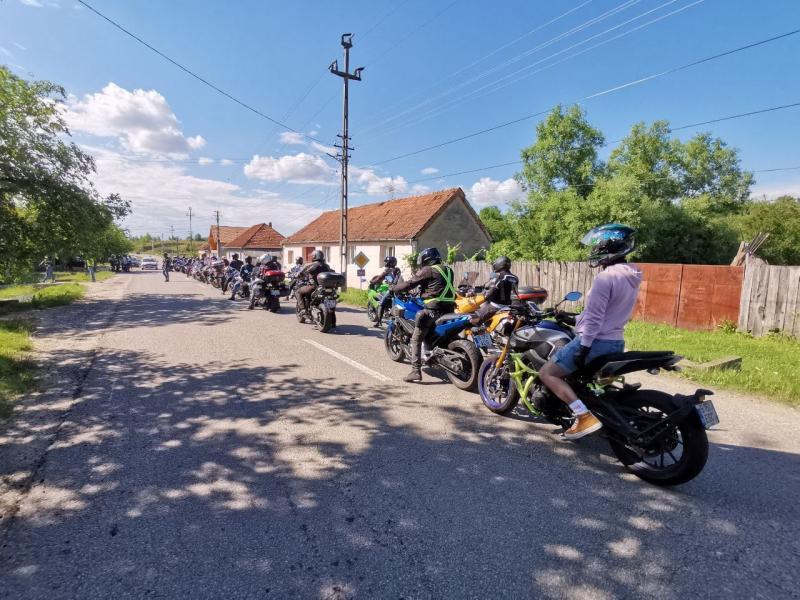 Paradă moto cursuri de prim ajutor și spectacole pentru copii la Muzeul Satului Bănățean
