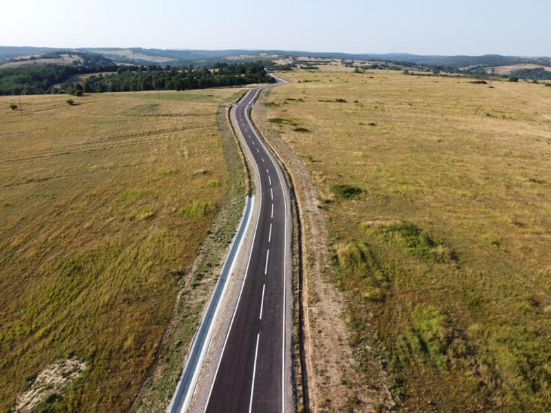 Drumurile județene din Timiș reparate pe aproape 30 de kilometri în perioada verii Urmează alte intervenții