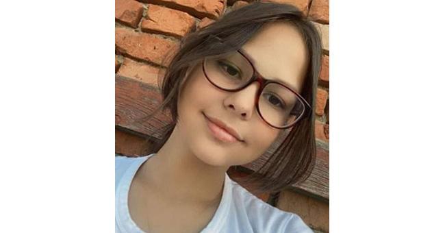 Să o ajutăm pe Gabriela de 13 ani care are o formă rară de cancer osos