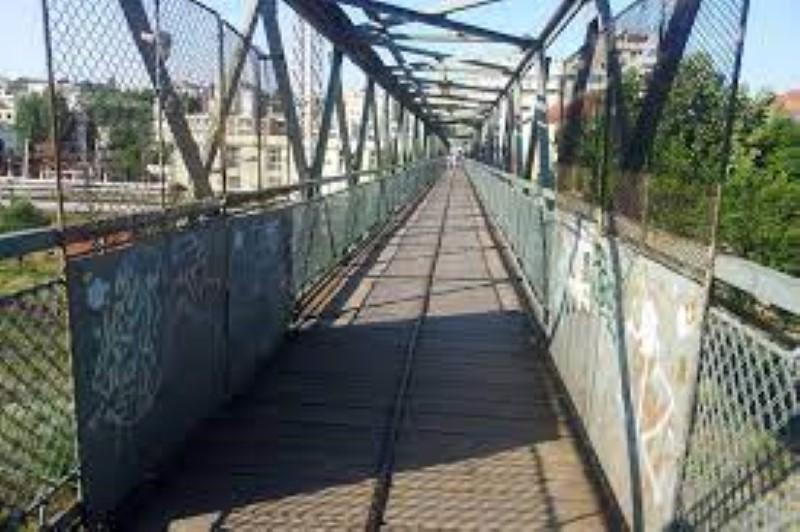 Trei pasarele pietonale peste DN 66 si calea ferata dubla si o serie de piste de biciclete vor fi realizate de primarie la Petrosani in perioada urmatoare cu bani europeni