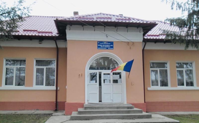 A fost reabilitată grădinița cu tavanul rupt din Negrești