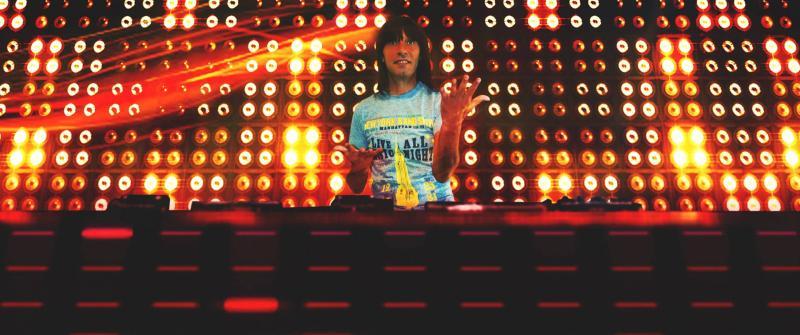 DJ DEGIANNY continua sa isi incante fanii cu noi mixuri de senzatie